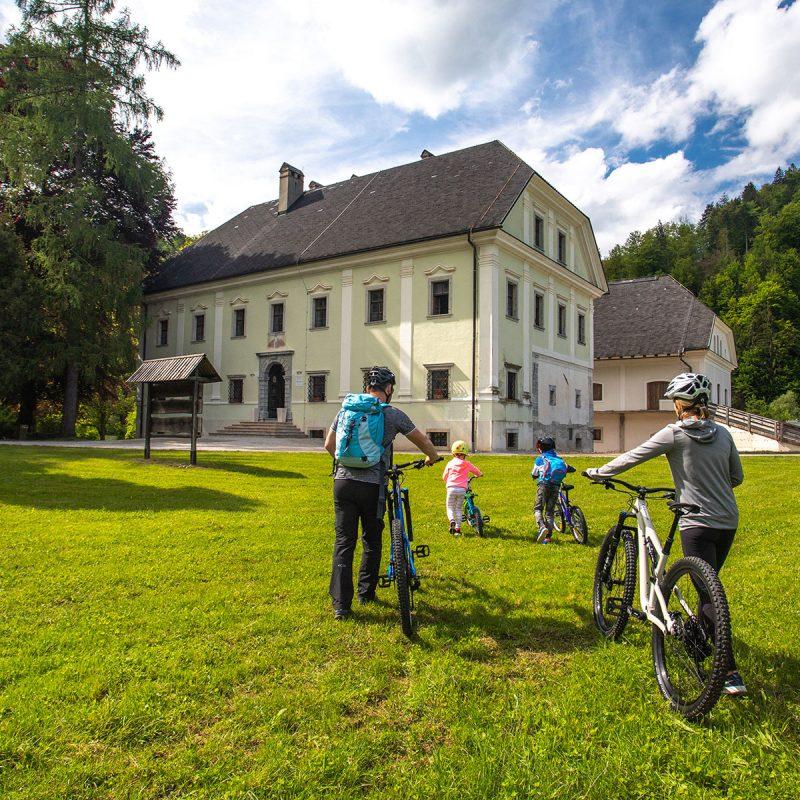 Gorenjsko kolesarsko omrežje in kolesarju prijazen ponudnik